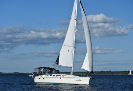 Hunter 38, 38.2 ft, 2006, Garalau