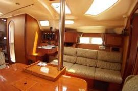 Hunter 410, 43.42 ft, 1999, Namaste V